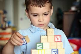 otizm nedir nasıl anlaışır belirtileri nelerdir otizmli çocuklar