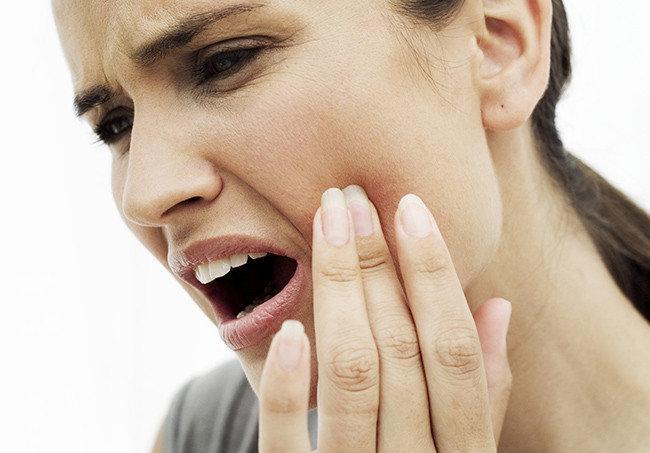diş ağrısını geçirmek için kullanılan en kuvvetli ağrı kesici ilaç isimleri ve antibiyotikler