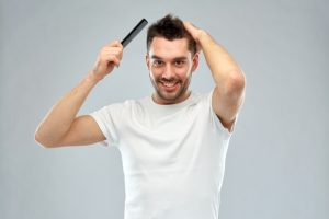 erkeklerde saç dökülmesine çözüm