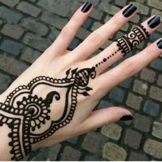 hint kınası ile dövme nasıl yapılır